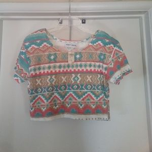 NWT VTG Wet Seal Aztec Geometric Crop Top Size S